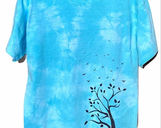 Tie dye tree shirt! Multiple sizes