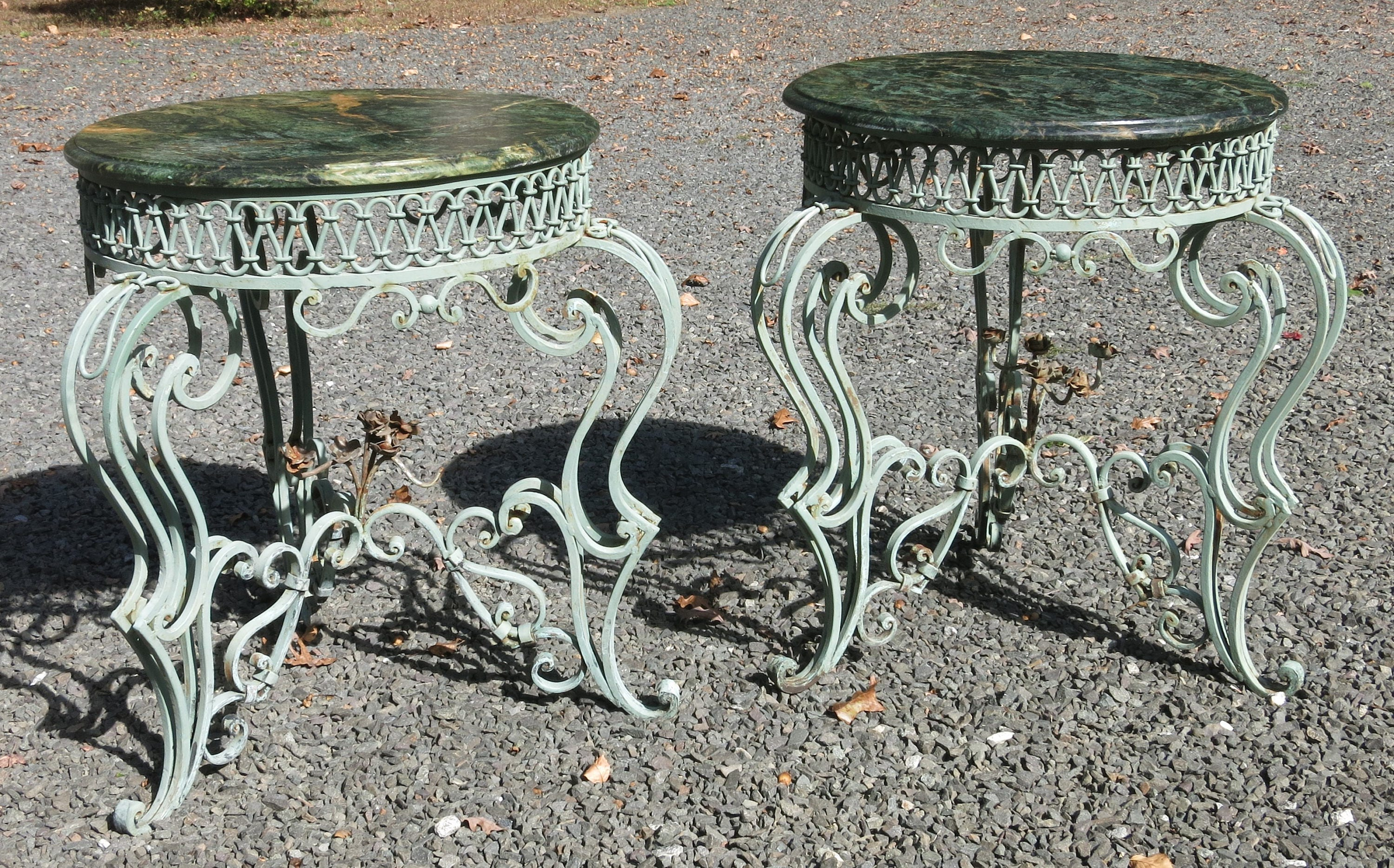 Charmant Pair Of French Wrought Iron And Marble Art Deco Style Tables By Rene Drouet