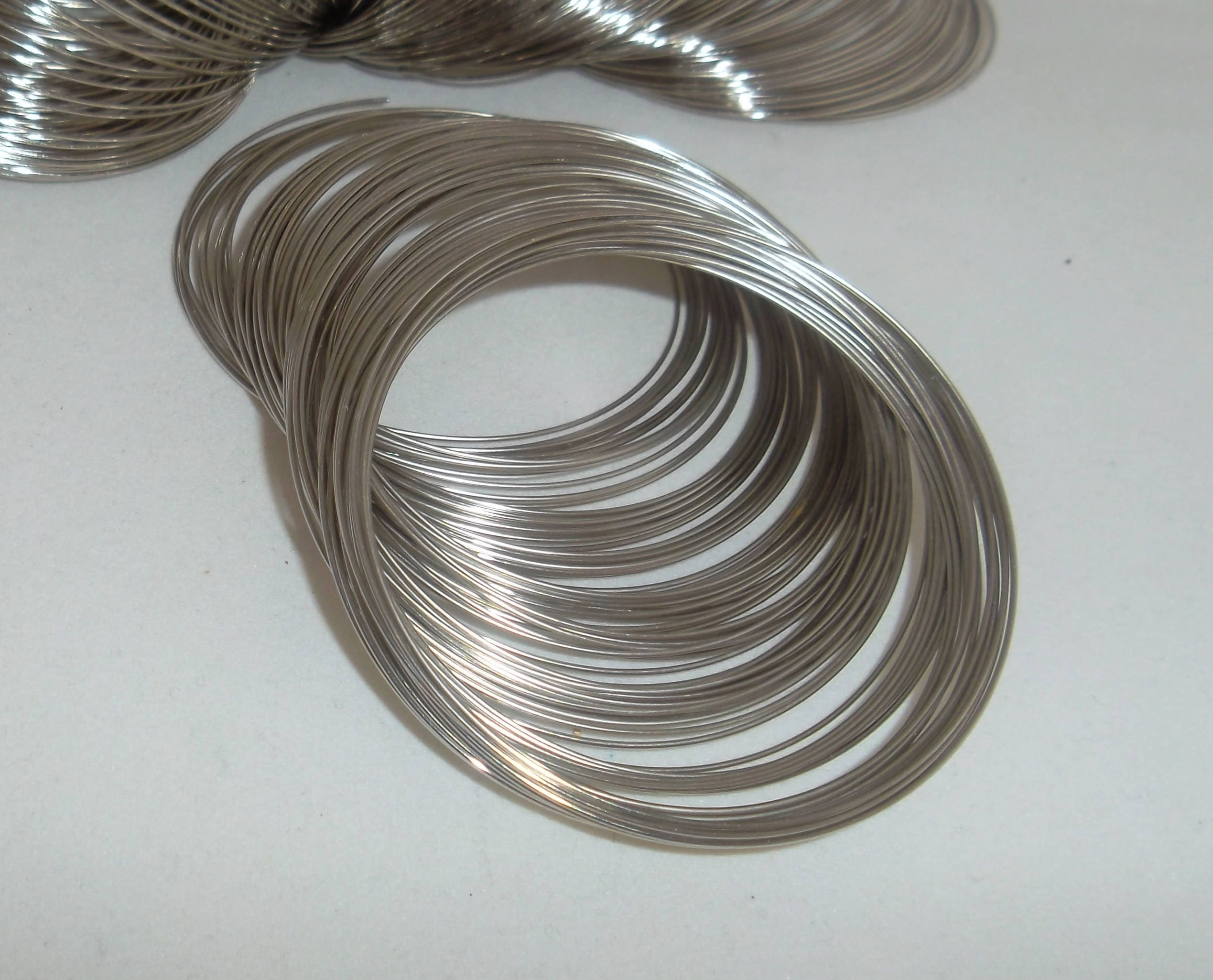 1 Pc Coil Memory Wire Loop Beading Craft Ring Size Silver Tone 20mm Diameter