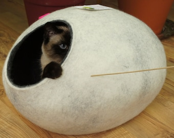Cat bed, house, cave. Size M. Natural felted sheep wool. Color snow grey. Made by kivikis.