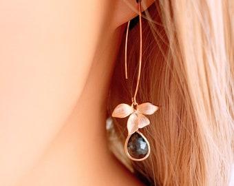 Flower earrings, Sapphire earrings, Navy Blue earrings, Floral Bridal Earrings, Bridesmaid earrings, Birthday gift, Petal Sapphire Earrings