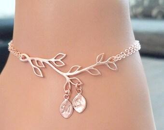 Family Tree Bracelet, Grandma Bracelet, Mom Bracelet, Grandma Gift, Personalized Bracelet Personalized Gifts for Her Mothers Day Gift
