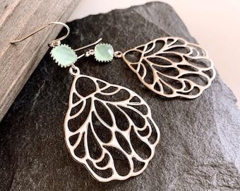 Feather Earrings, Oriental Fan style earrings, Mint Earrings, Angel Wing Earrings, Gift for Her, Birthday Gift,Minimalist Geometric Earrings