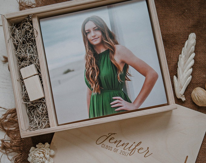 8x8 - Wood print box - space for photos and usb drive - square - (spanish moss included)