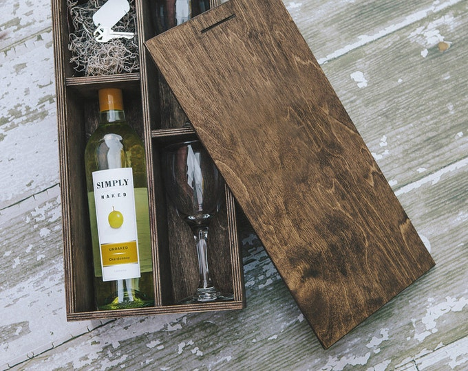 set of 10 - Brown Wine Box  (save 50 dollars) with enough space for a USB drive (2 wine glasses included in the box)