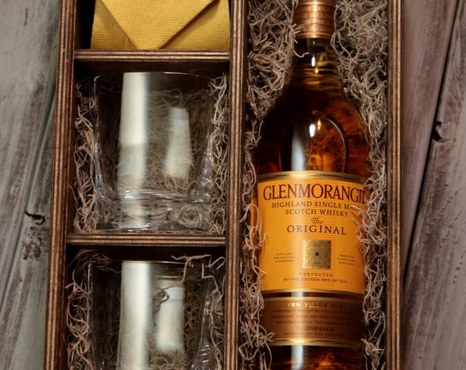 set of 6 - Whiskey Box with area for 2 glasses