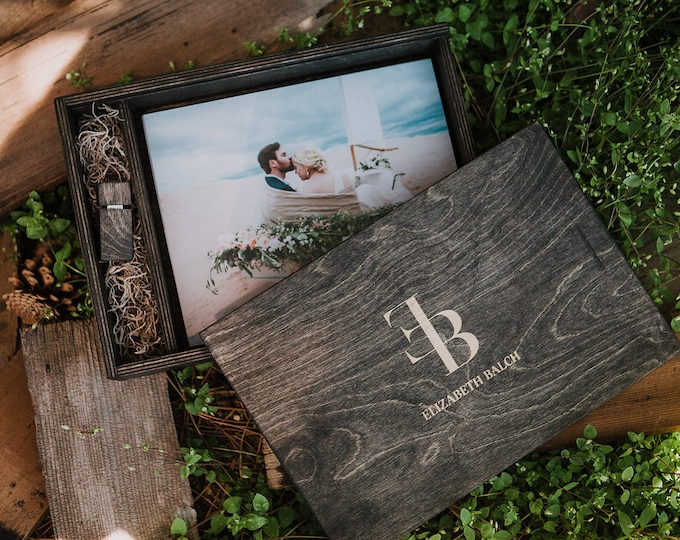 12x6x3.5 - Engraved wood print box - Plus (1) 8gb USB - laser engraved - space for photos and usb drive - (spanish moss included)