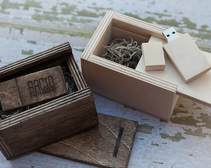 Reserved for Michael. USB box with 16gb USB 3.0 with matching wood USB box - (spanish moss included)
