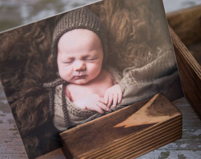 Mini wood print stand - fits in the usb area of a 5x5 or 5x7 photo box