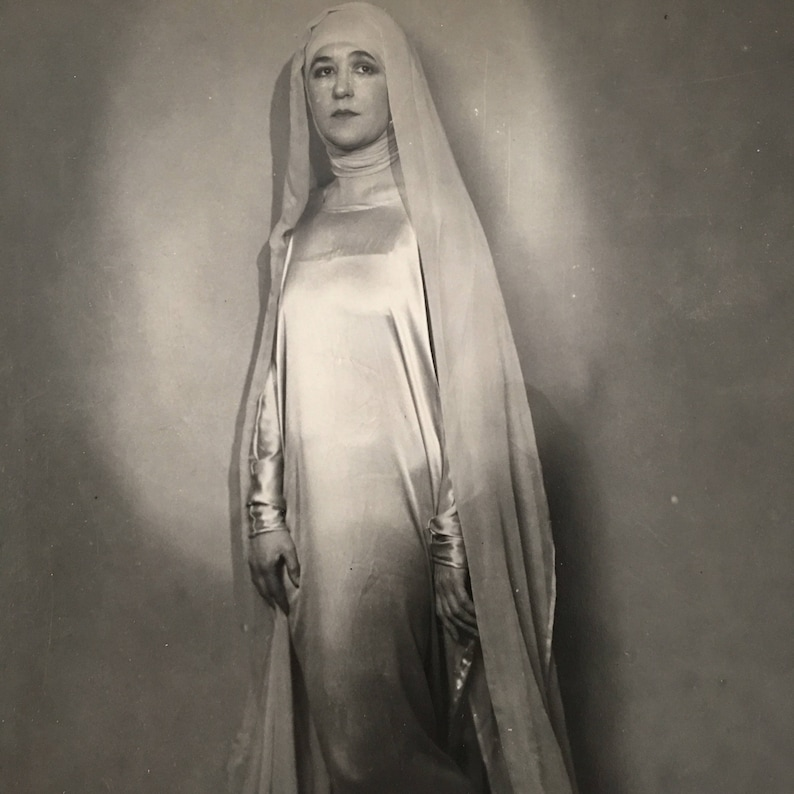 Art Deco Vintage Photo Beautiful Bride Madonna Arty Antique image 0