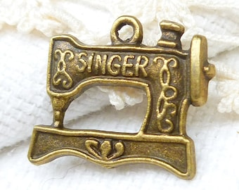 Vintage Look Singer Sewing Machine Charms, Antique Bronze (6) - A106