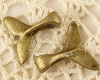 Whale Tail Charms, Antiqued Bronze (6) - A18