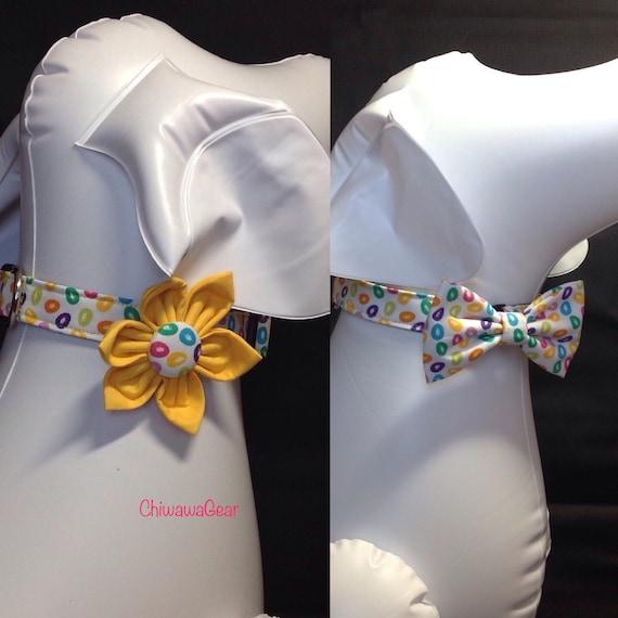 Pâques collier de chien fleur/Bow Tie ensemble - coloré Pâques oeufs - taille XS, S, M, L, XL
