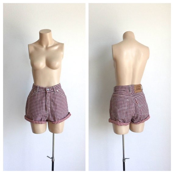 70s High Waisted Levi's Shorts • 1970s Plaid Cotto