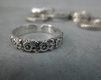 Flower design sterling silver cuff ring