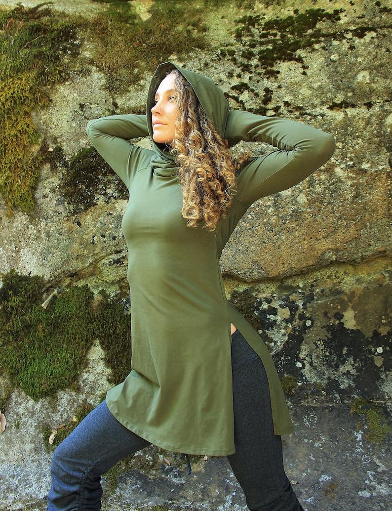 Giraffe Tunic-womens clothing-womens tunic-teal tunic-teal clothing-thumbholes-tunics-hippie tunic-gypsy tunic-goddess clothing-long sleeve