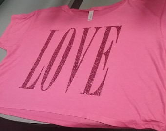 LOVE Cropped Boxy Tee in Pink