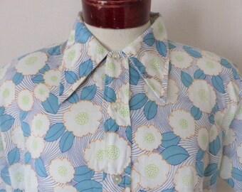b47023e6 Mr. Dee Cee vintage 60's 70's Flower power white short sleeve big collar  shirt aqua blue green orange abstract pastel floral pattern large