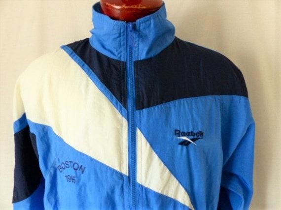 1995 veste de jogging Marathon de Boston des années 90 Reebok colorblock bleu blanc marine devant zip coupe vent broder raglan de formation motif logo