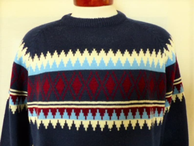 vintage 70's 80's Van Heusen nordic geometric navy blue acrylic jersey knit ski sweater maroon red baby blue white chest stripe crew raglan