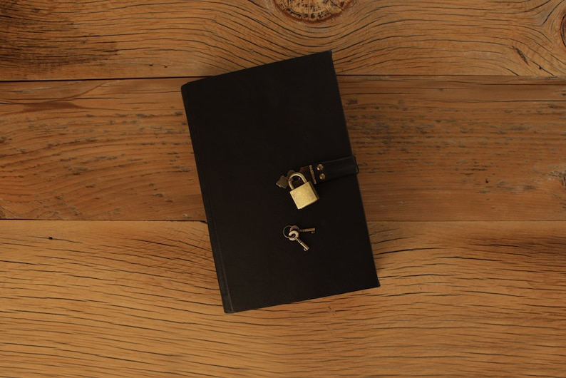 The Secret Diary Diary with Lock Black Leather / Tea-Stained image 0