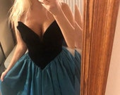 Gunne Sax By Jessica McClintock Strapless Dress with Deep V Size Small to Extra Small