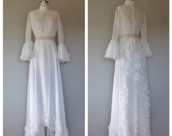 vintage 1970s wedding gown size small