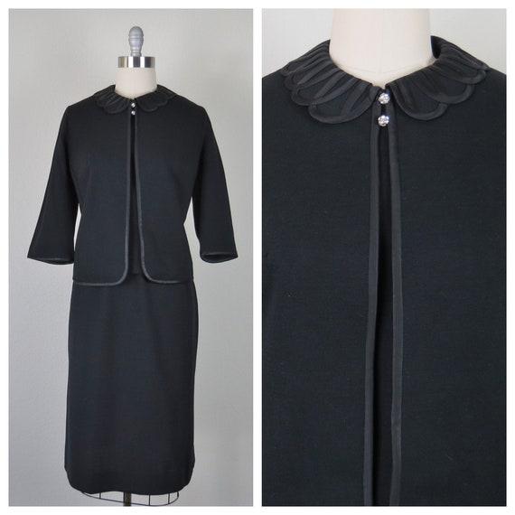 vintage 1960s wool knit 3 piece skirt suit size XL