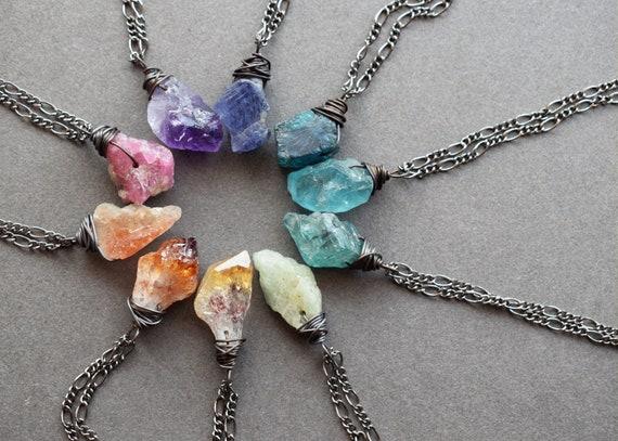 Raw Natural Stone Healing Pendant Irregular Crystal Stones Necklace Natural Quartz Dainty Necklace Boho Necklace