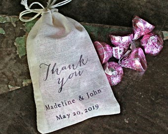 Personalized favor bags, set of 50 cotton favor bags, Thank You script with names and date, cloth party favor bag, wedding, bridal shower