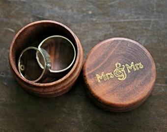 Wedding ring box, ring bearer accessory, ring warming, tiny pine ring box with Mrs & Mrs design in gold, lesbian wedding, same sex wedding
