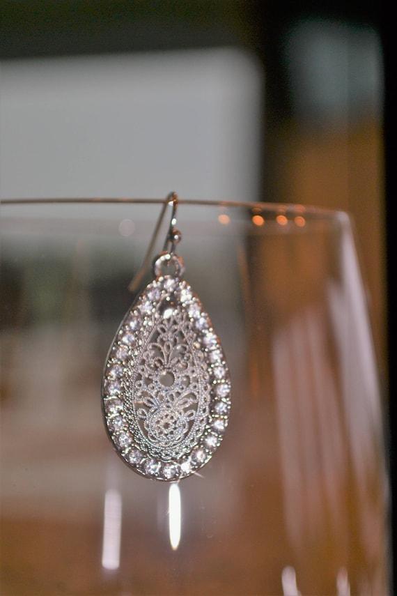 Filigree Teardrop Wire Earrings,Jewelry Set Silver Necklace Earrings Set Silver Crystal Rhinestone Pave Pear Teardrop Shape Dangle Earrings