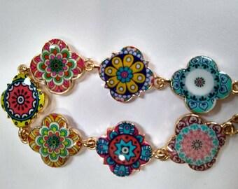 Floral Quatrefoil Bracelet, Quatrefoil Charm Bracelet, Bright & Colorful Bracelet,  1970's Flower Child, Eight Clover kaleidoscope Bracelet