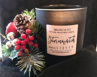 Mauroandco Frankincense fresh floral Wood wick Candle 13.5 oz, Black Jar Coconut wax candle, Candle made in Victoria, BC Canada
