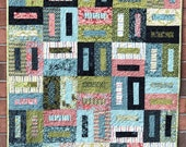 BUCKLES PDF Quilt Pattern by MingaMonga Quilts Fun pattern for 1 or 2 Honey Buns, 1 or 2 Layer Cakes, and a bonus Mini Honey Bun Runner