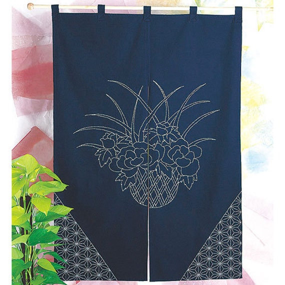 Olympus Table Center Mt Fuji Design Sashiko Kit with Cloths and Threads Traditional Japanese Craft