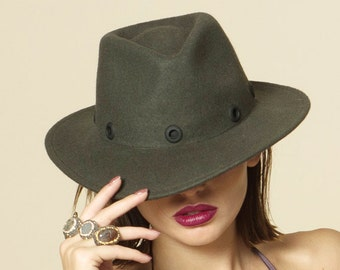 SALE 50% OFF Fashionable Felt Fedora Hat with black metal  58a5ed456374