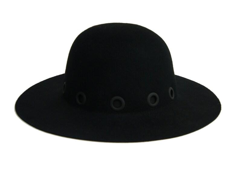 5516e4afe6c650 Womens Felt Hat Classic Felt Hat with black metal eyelet | Etsy