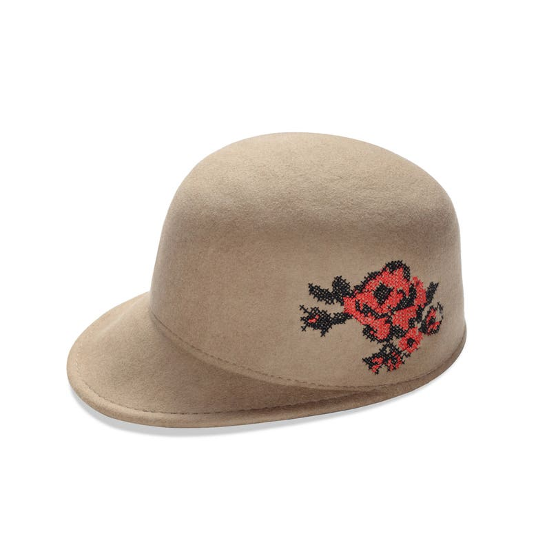 adf718c51 Sombrero gorra con bordado de la flor de fieltro las mujeres | Etsy