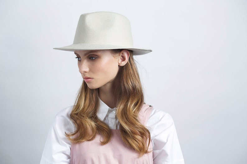 Classic ivory felt fedora hat hats for women hats for men  3c3c6dec11d9
