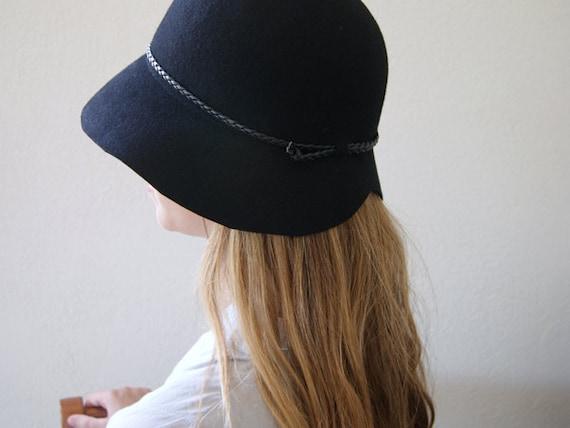 HAT ON SALE Black Cloche Hat Felt Cloche Women Hat Vintage  57653811a21