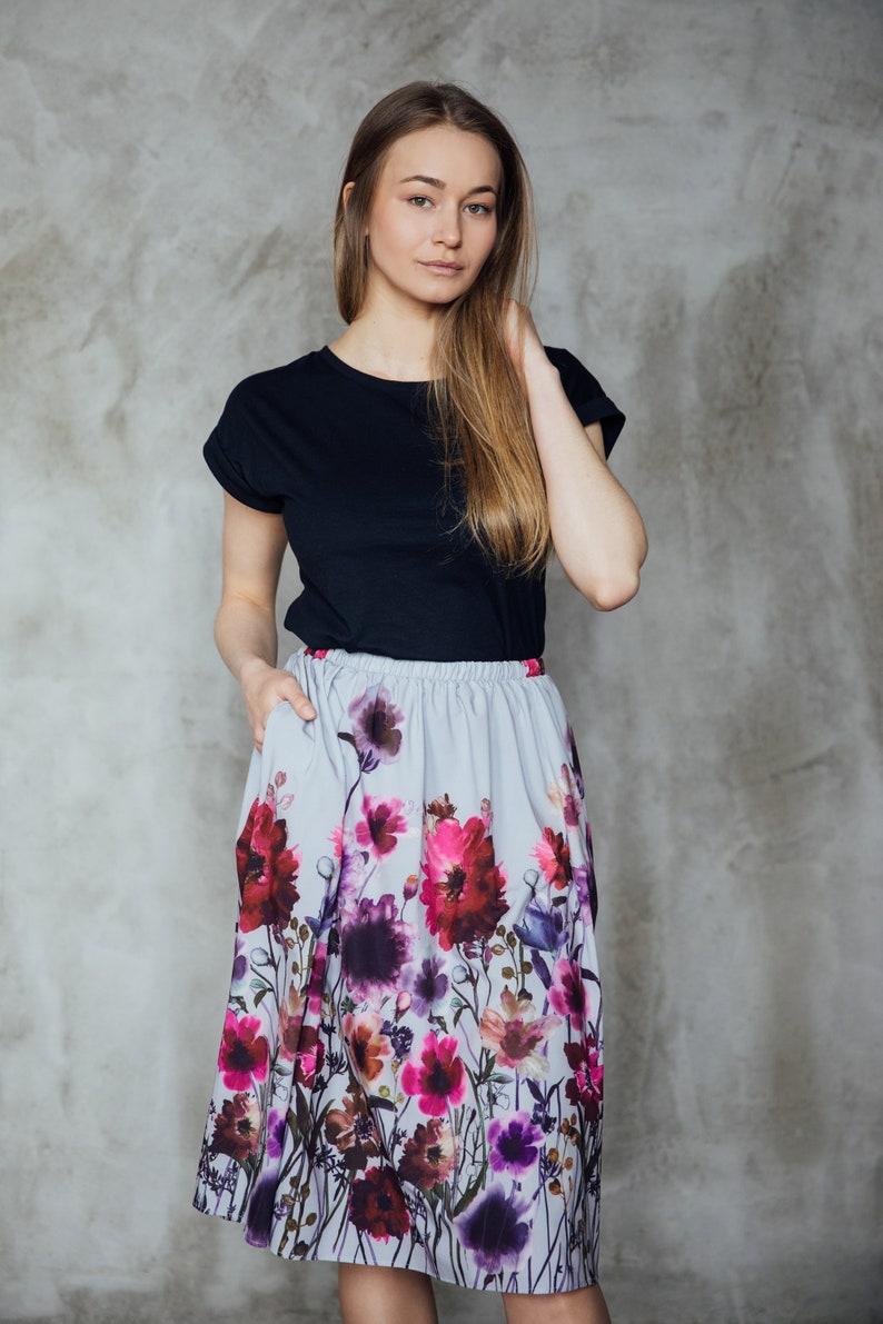 Knee length skirt Floral print skirt with pockets Elastic waist skirt Comfortable skirt Cute skirt Everyday skirt Office skirt