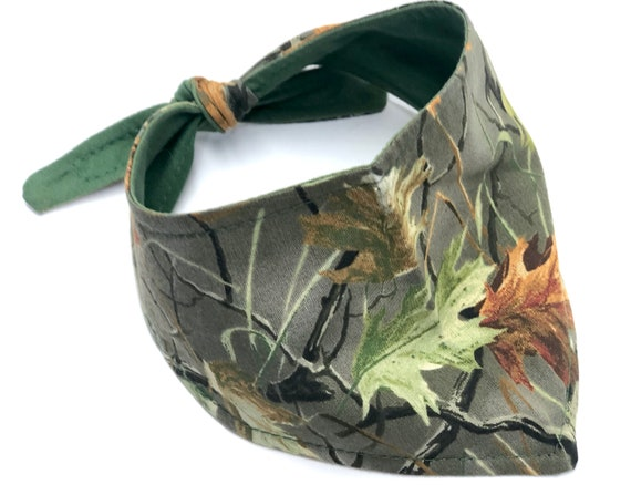 Camo Dog Bandana, Nature Green Leaf Camouflage