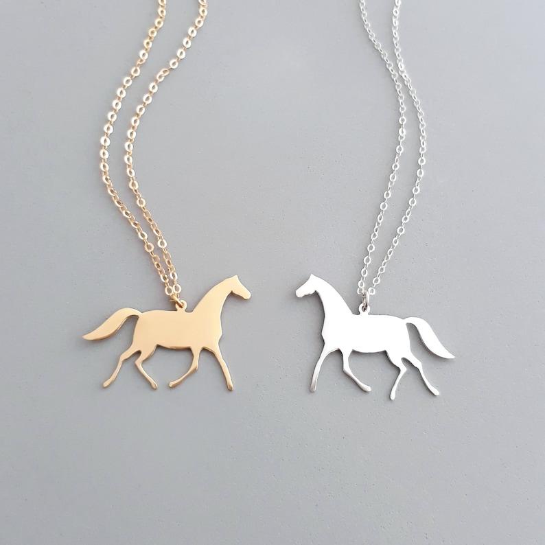Lauft Gold Pferd Halskette Geschenk Fur Pferdeliebhaber Etsy