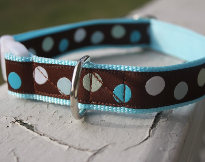 "Henry's Blue Polka Dots 1"" Buckle Collar"
