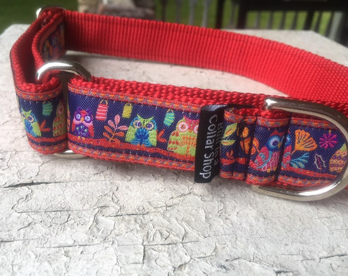 """Owls at Dusk on Red - 1"""" Martingale Collar"""