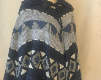 Vintage blue and white knit pullover poncho