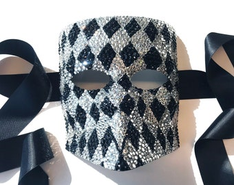 Harlequin Nights Black & Diamond Bauta Masquerade Mask