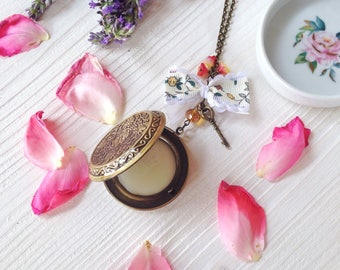 Exclusive natural solid perfume with necklace and locket Victorian Cottage by Daffodil Bijoux - romantic vintage style jewels