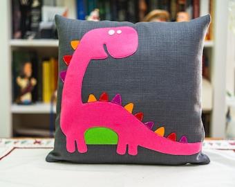 Daniela - The new cushion of the Dreamosauri collection, dinosaurs cushion